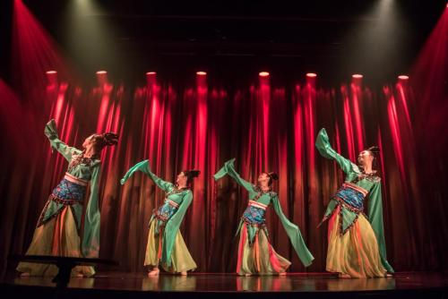 Chinese dance group 中国舞团