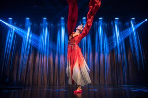 Chinese dance performance 中国舞表演团体